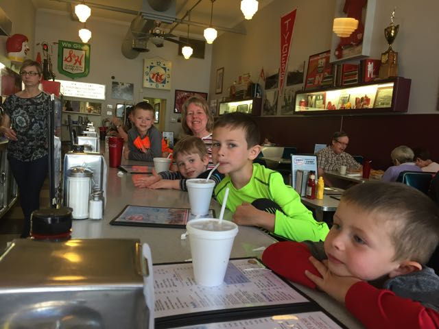 kids at Coney Island Diner