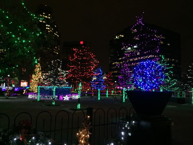 Christmas Lights at Columbus Commons - 10 Of Our Favorite Columbus Christmas Traditions