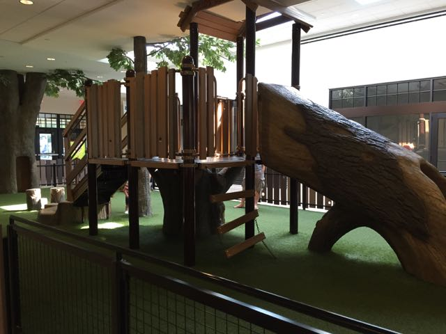 free indoor play area at the shops at worthington place