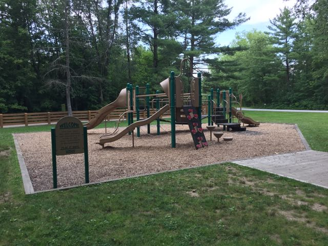 playground at battelle darby creek metro park