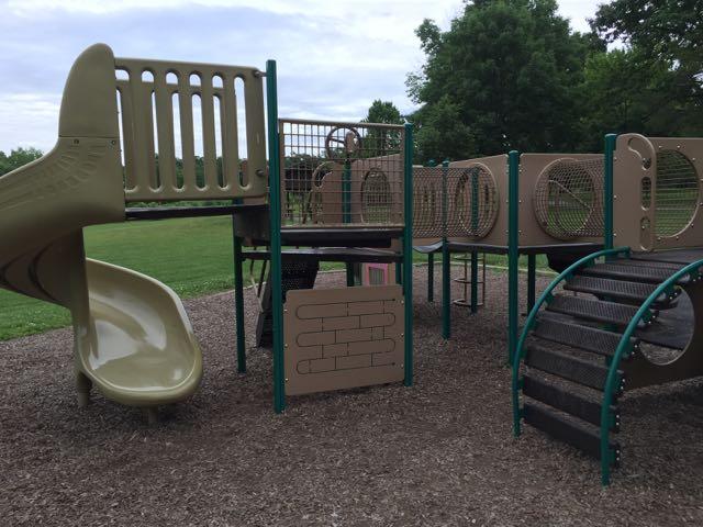 blendon woods metro park playground area