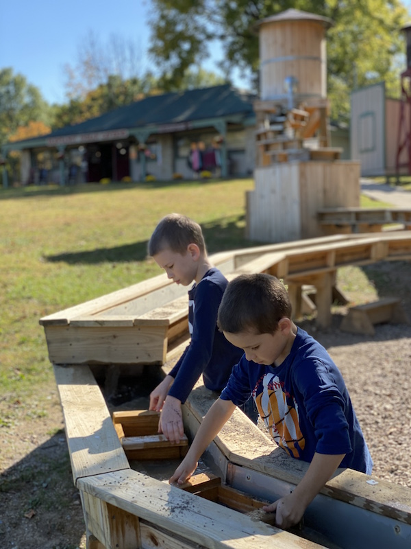 Two boys gem mining at Olentangy Indian Caverns