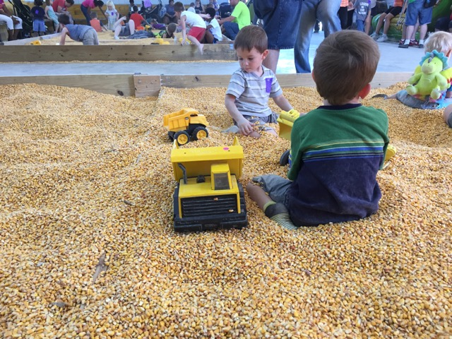 Leeds Farm Corn Bin
