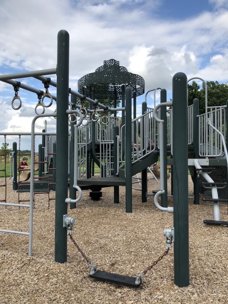 glacier ridge metro park playground