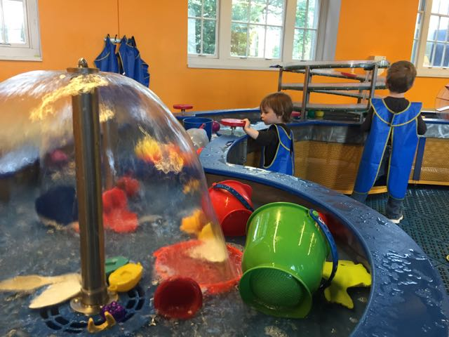 kids playing in little kidspace at COSI in Columbus, Ohio