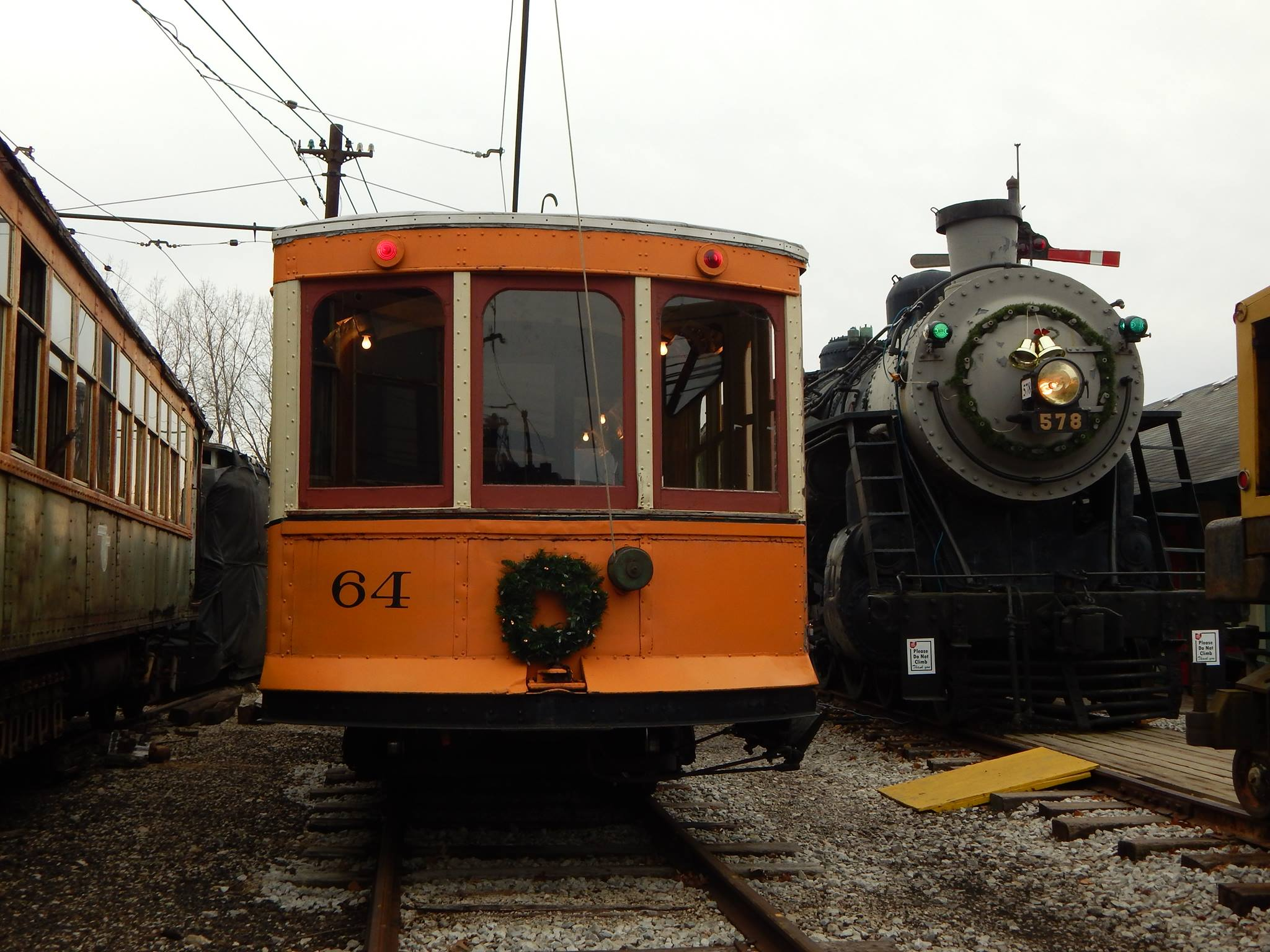 Train at Ohio Railway Museum