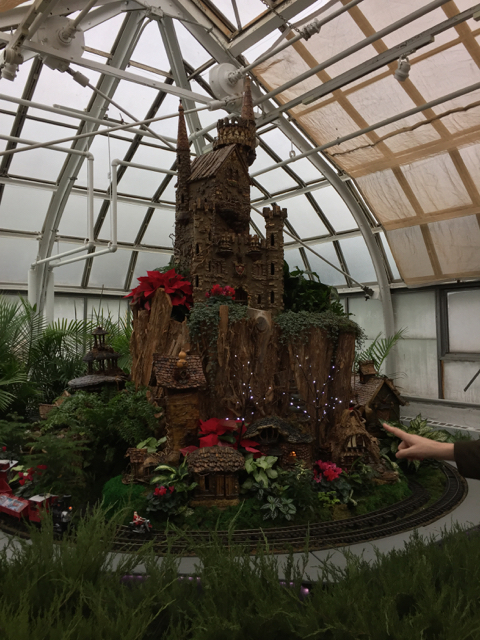 Paul Busse Holiday train at Franklin Park Conservatory