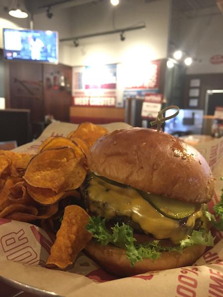 hamburger at Bagger Dave's