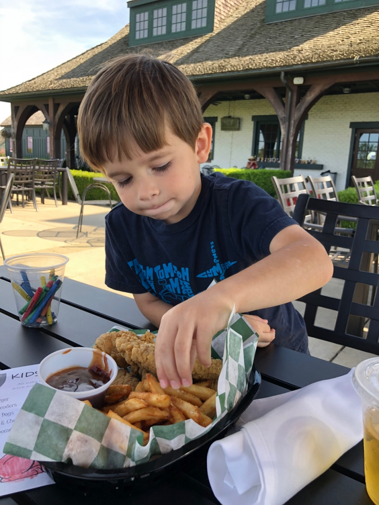 Kids Eat Free Golf Club of Dublin ohio