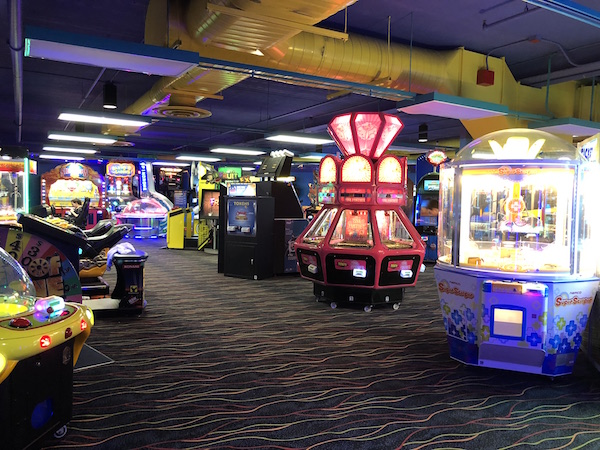 arcade at Castaway Bay