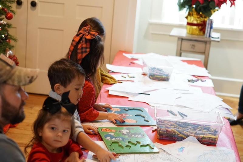 kids doing crafts at the Snowflake Castle in Westerville, Ohio