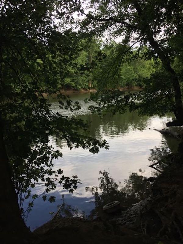 river at Scioto Grove Metro Park