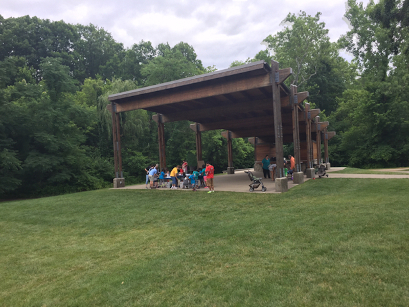 people in the Education Pavilion at Inniswood Metro Gardens