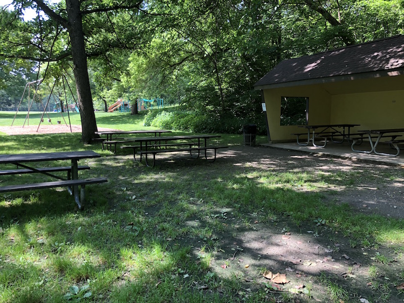 picnic area and pavilion at the Indian Ridge Area