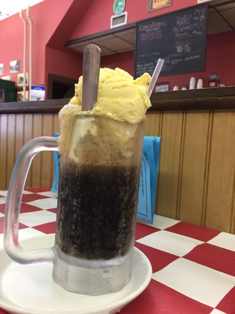 root beer float at Big Ed's Main Street Soda Grill in Vermilion, Ohio