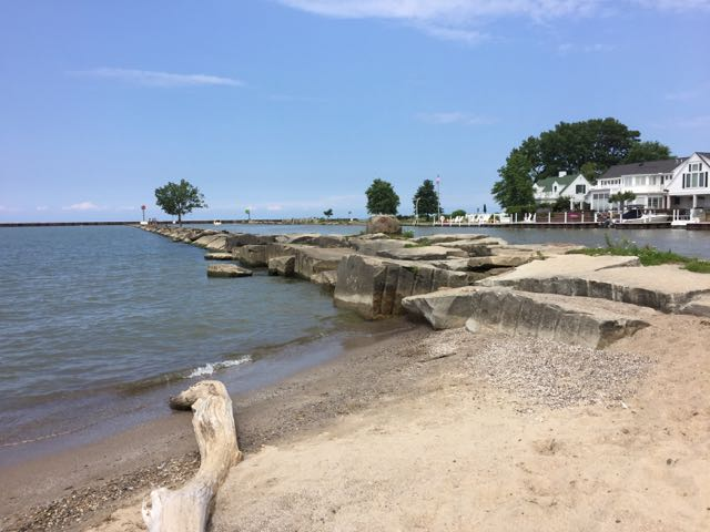 lake erie beach in Vermilion Ohio