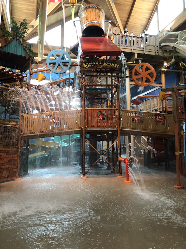 indoor waterpark at Castaway Bay in Sandusky Ohio