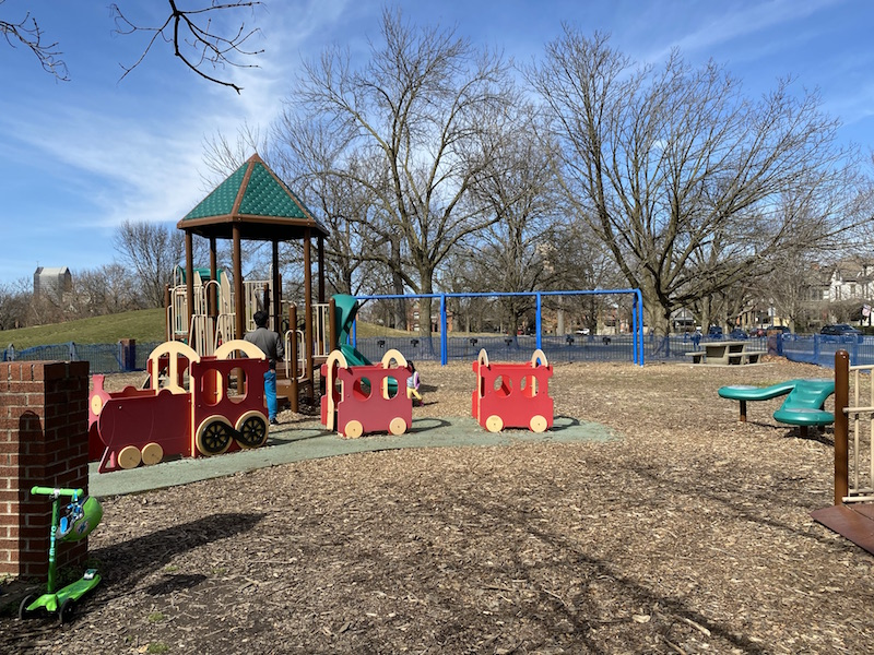 toddler play area at Schiller Park.