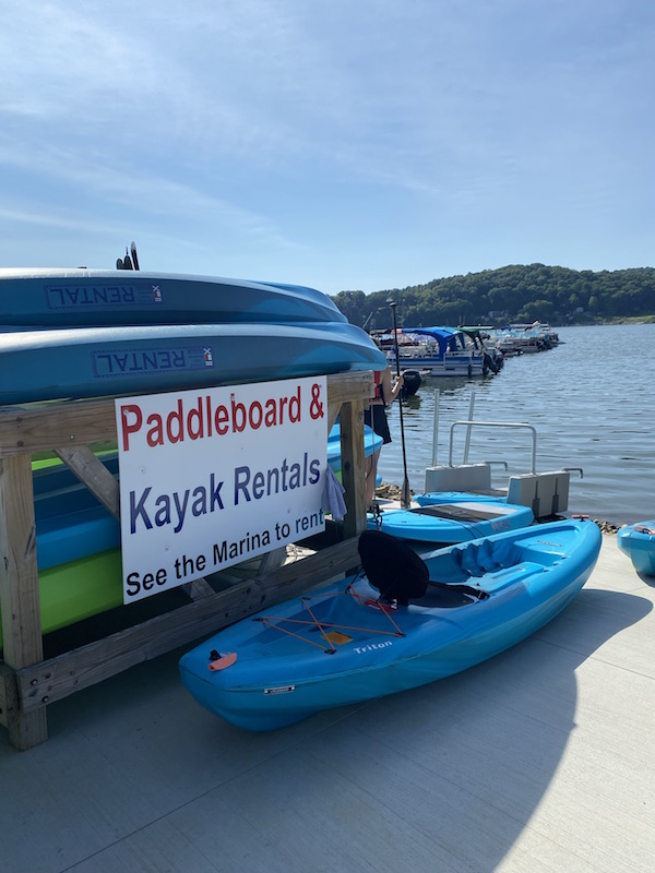 paddle boards and kayaks for rent at Pleasant Hill Lake Marina.